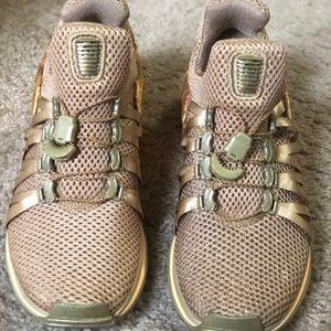Shoes - Nike